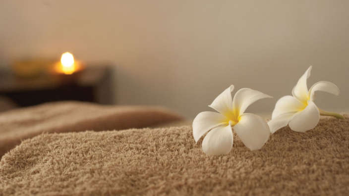 Book Early And Save Offer Spa Treatment Room