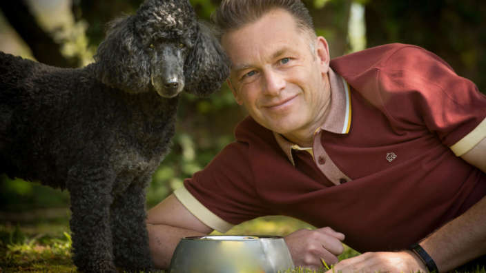 Dogstival-hosted-by-Chris-Packham